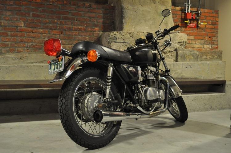 KZ400_1975_e