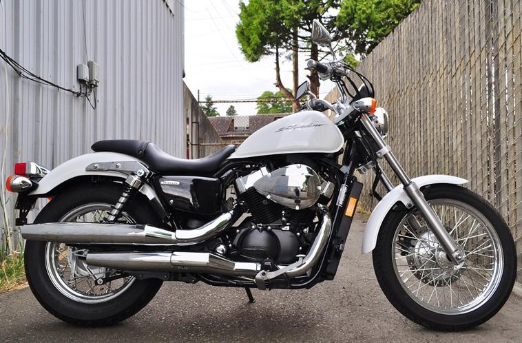 VT750RS_2010_a